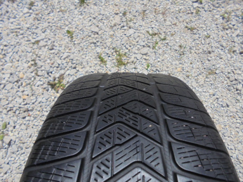 Pirelli Scorpion Winter gumiabroncs